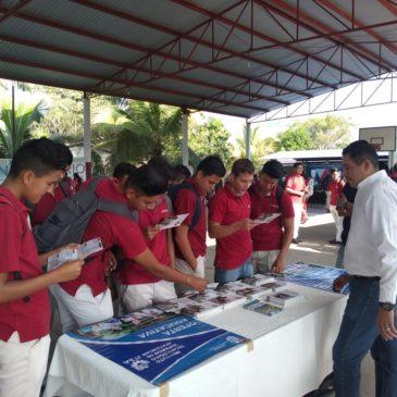 Visita a la Huacana